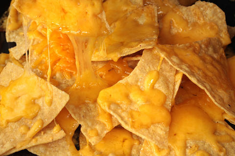 how-to-make-nachos-in-oven-01.jpg